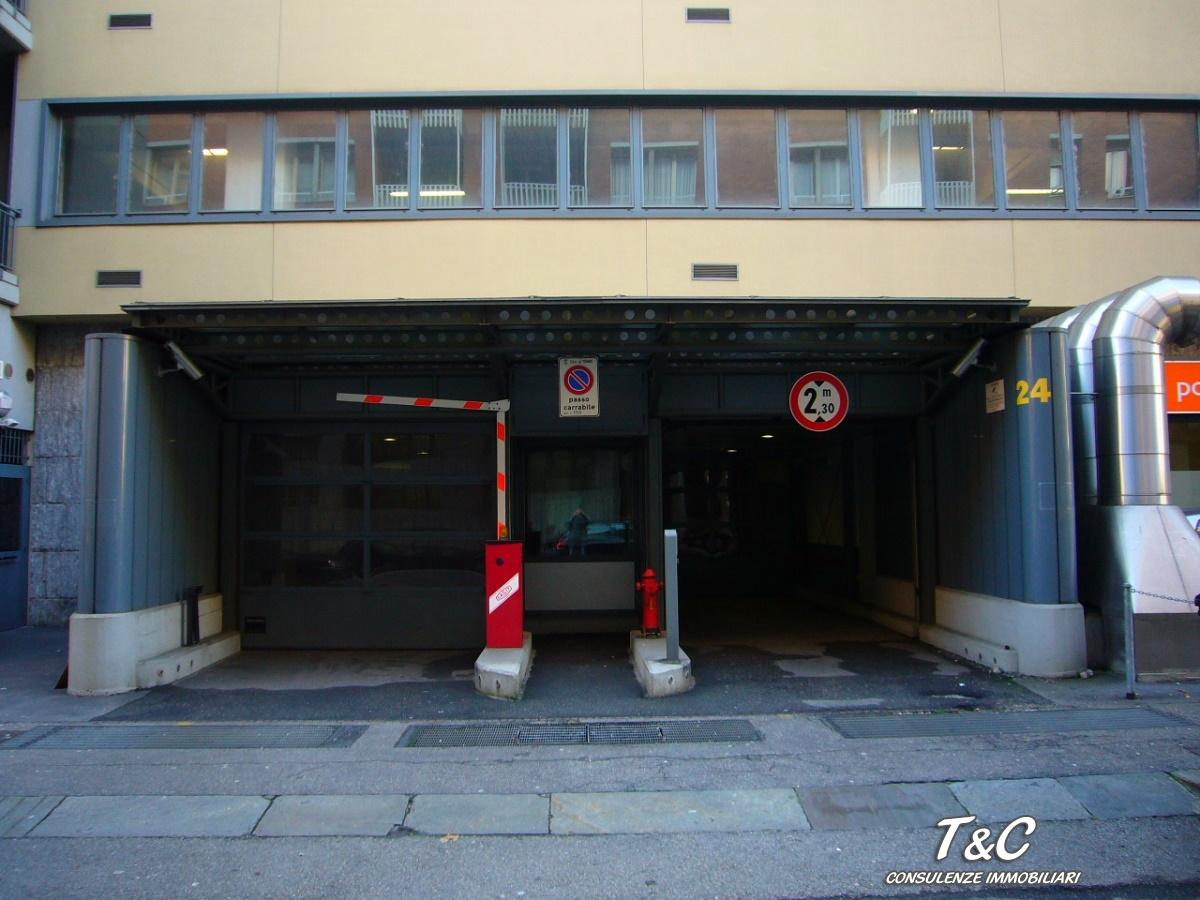 Garage in affitto - 12 mq