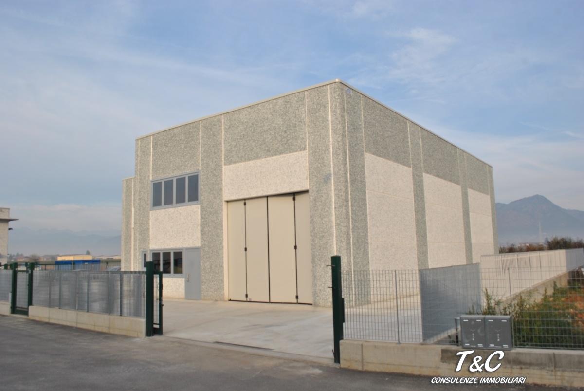 Capannone in vendita a Volvera, 9999 locali, prezzo € 450.000 | CambioCasa.it