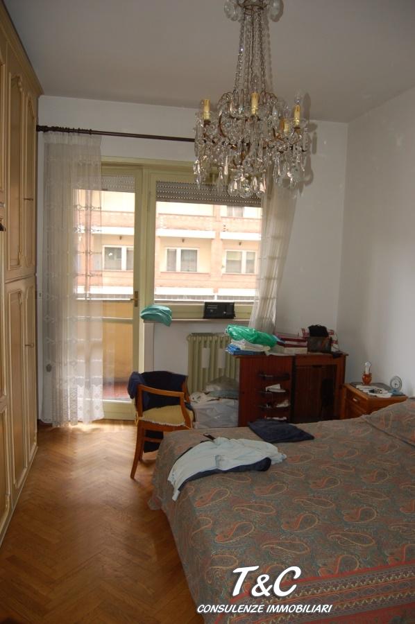 Bilocale Torino Via Genova 110 7