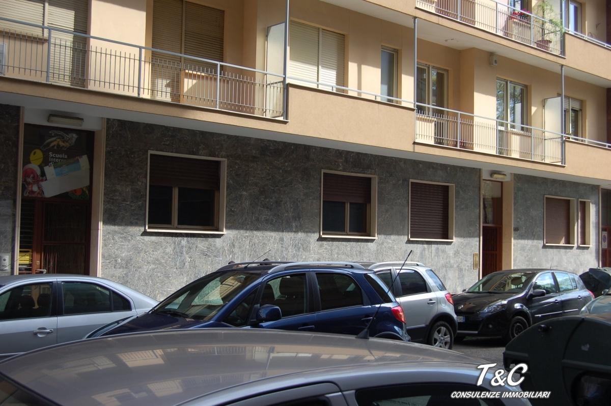 Laboratorio in vendita a Torino, 9999 locali, prezzo € 400.000 | CambioCasa.it