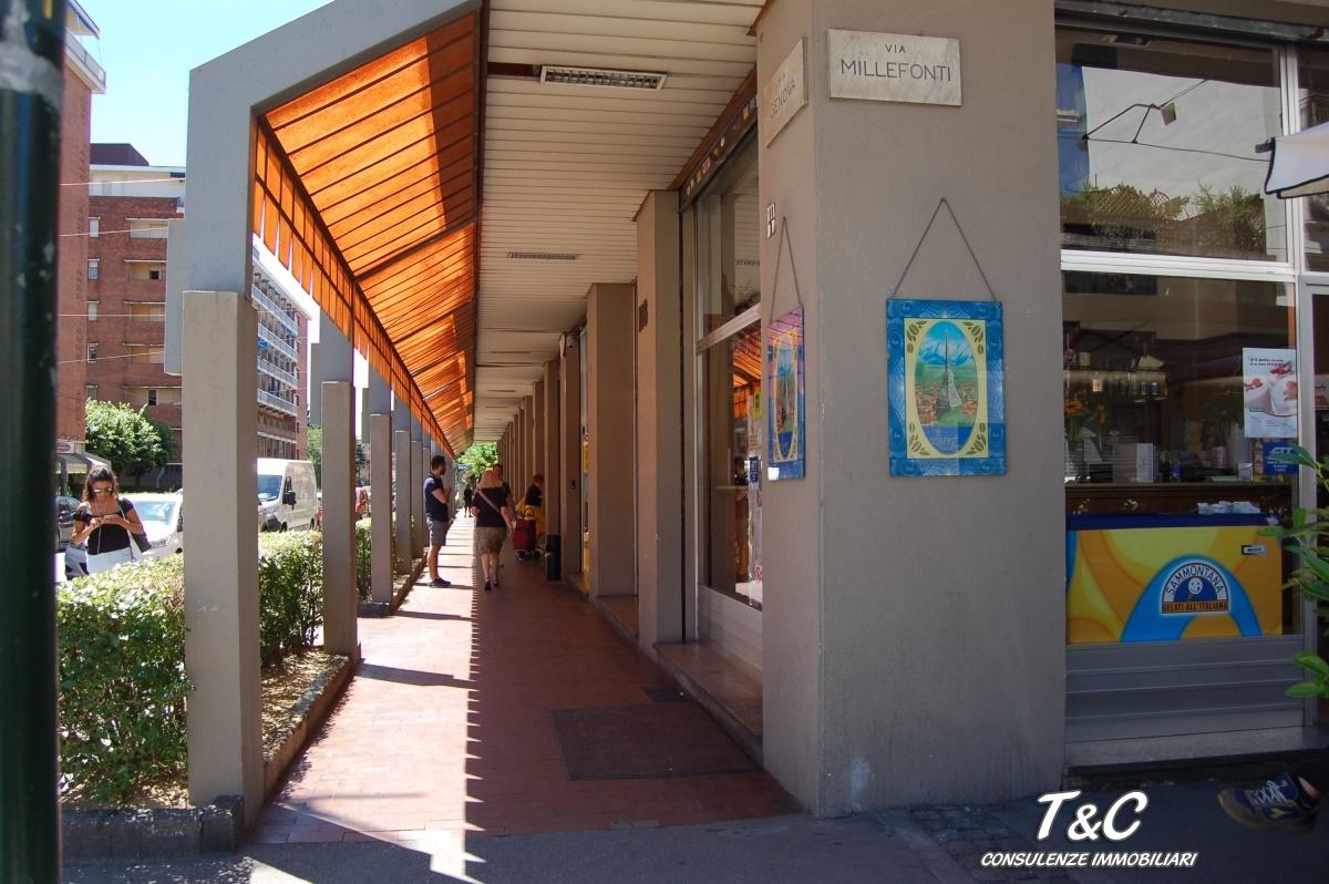 Bilocale Torino Via Genova 110 2