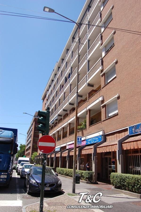 Bilocale Torino Via Genova 110 12